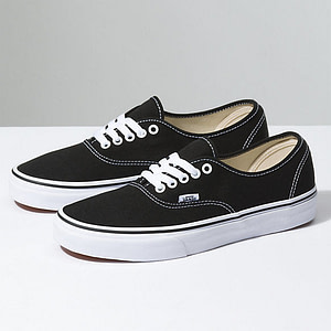 vans-authentic-black-trainers-sneakers
